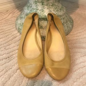 Old Navy Women's Flats (Size 9)